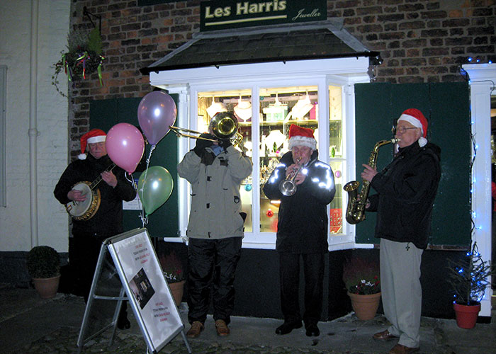 Christmas Les Harris Jewellers